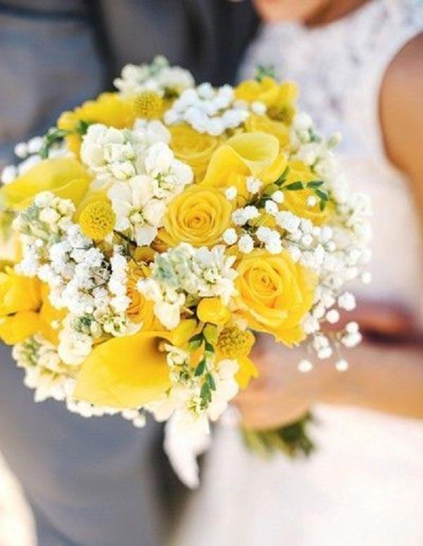 عکس دسته گل رز زرد عروس