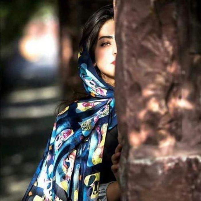 عکس دختر ایرانی از نیم رخ