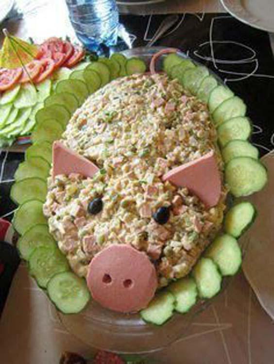 تزیین سالاد الویه به شکل خوک