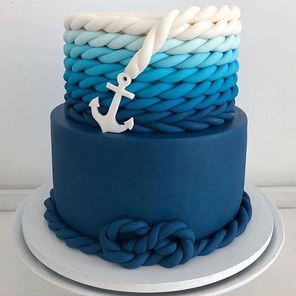 کیک تولد پسرانه با خمیر فوندانت