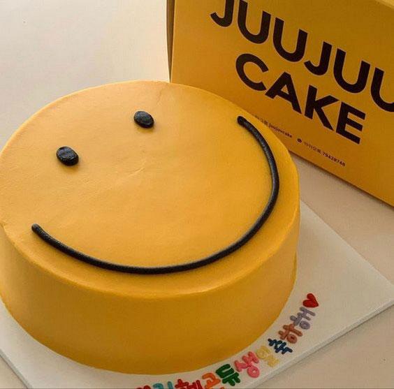 کیک تولد پسرانه ساده خانگی
