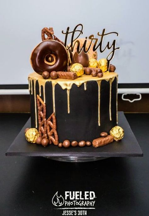 کیک تولد پسرانه لاکچری