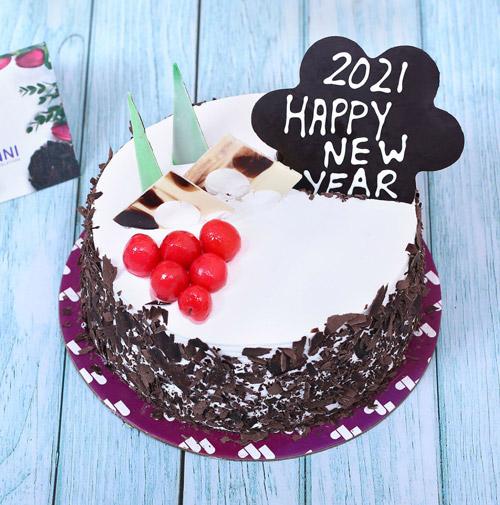 کیک تولد ساده خانگی 2021