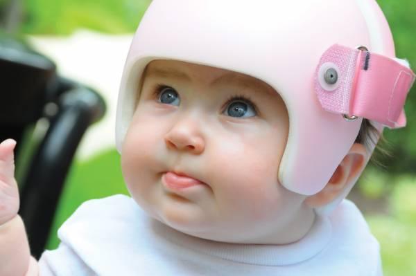 کلاه برای مدل سر نوزاد
